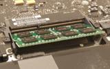 Installer de nouvelles barrettes mémoire dans un MacBook